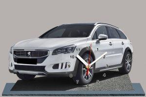 Peugeot 508 RXH Blanche en auto horloge