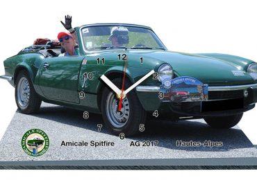 Trophées en horloge sur socle. Triumph Spitfire